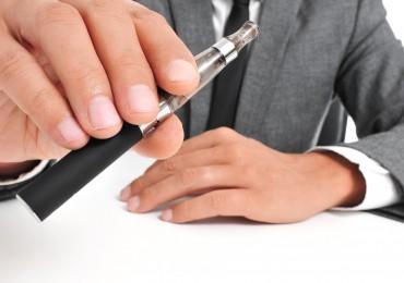 wybierz elektronicznego papierosa