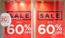 Koniec sprzedaży internetowej – wyprzedaże w sklepach