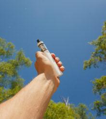 E-papieros a środowisko – może tędy droga ku tolerancji dla vape'u?